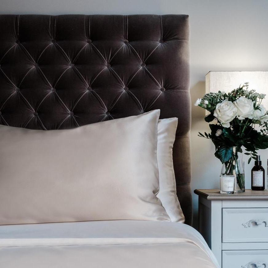 The Pure Silk Pillowcase